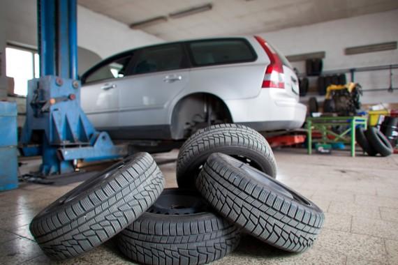 Pildiotsingu car tire change tulemus